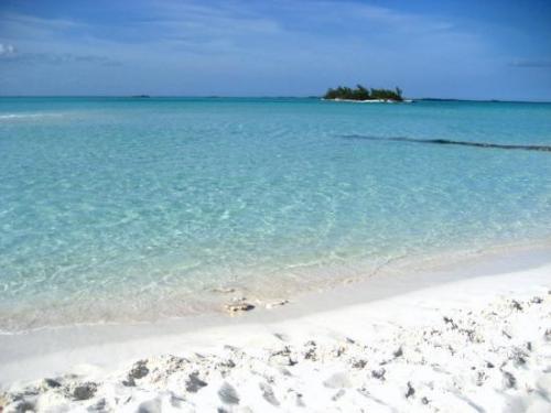 Ein Grundstück auf den Bahamas