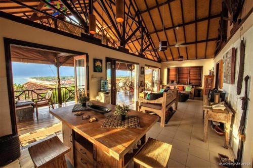 Objekte auf den Inseln Bali & Lombok, Indonesien - externer Link