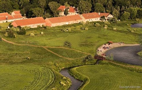 Ein Gutshof in den Masuren - Polen! Oder wie wäre ein schönes Haus an der Ostsee gelegen?