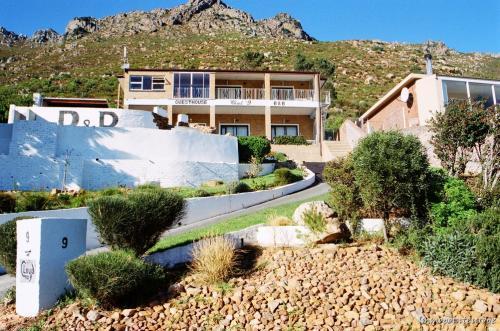 In Südafrika werden Sie erleben was es bedeutet frei zu sein! Hier haben wir mehrere Gästehäuser, Wohnhäuser und Farmen für Sie zum Verkauf!