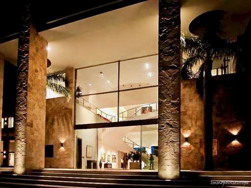 """Suchen Sie eine Rückzugsmöglichkeit """"Hideway"""" in Uruguay mit 4000 m² Wohnflächen auf 135000 m² Land"""